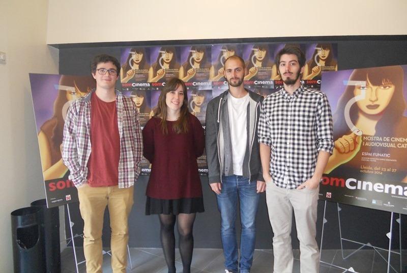 Ssoi Ramon, Itsaso Arizkuren, Eloi Teixidó i Jesús Boyero, autors dels documentals AIGUA DE SECÀ, i EN EL BAR (Universitat Pompeu Fabra) i JOVENTUT SOLITUD del Master de Documental Creatiu de la UAB.