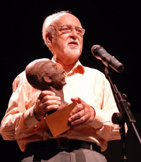 Perez Giner Amb El Premi D'homenatge