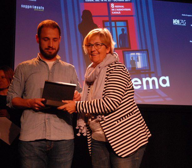 """Sergio Moreno, Productor De Lastor Media, Rep El Premi Al Millor Curtmetratge De Ficció Per """"Les Bones Nenes"""", De Clara Roquet."""
