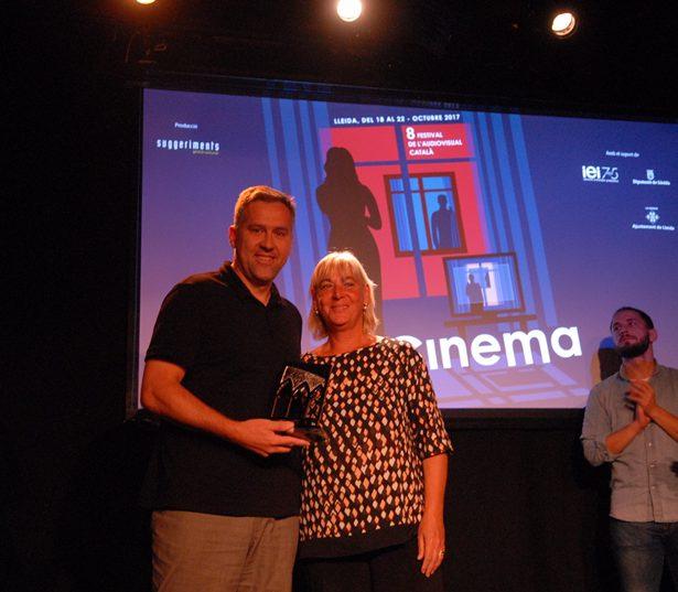 """Norbert Llaràs, Productor D'Alhena Productions, Rep El Premi Al Millor Llargmetratge De Ficció Per """"Matar A Dios"""", Dirigit Per Caye Casas I Albert Pintó."""