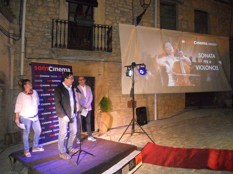 Èxit Total En La Primera Experiència «Off Som Cinema A La Fresca» Al Vilosell